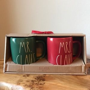 Rae Dunn Mr. Claus and Mrs. Clause mug set